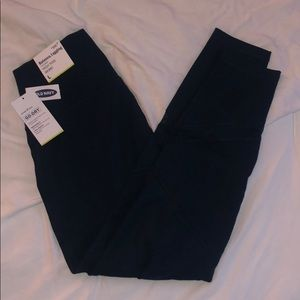 NWT Old Navy High Rise Balance Leggings
